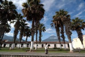 antigua-guatemala-street
