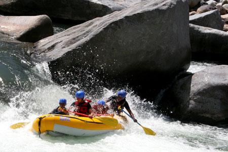 450x300-Rafting02