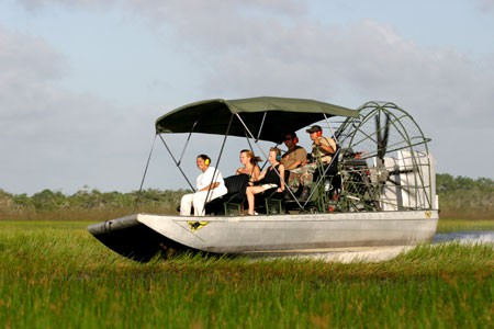 450x300-airboat01