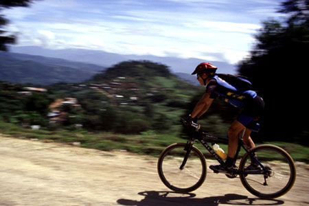 adventurer-mountain-bike