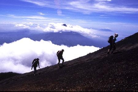 450x300_hiking02