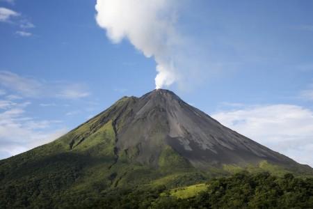 Arenal-Volcano-2-450x300