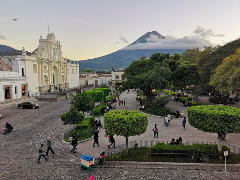 Antigua main plaza with Viaventure