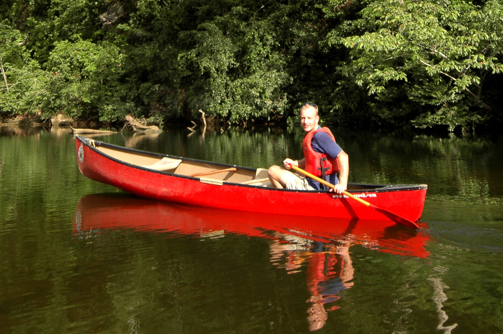 canoe-belize