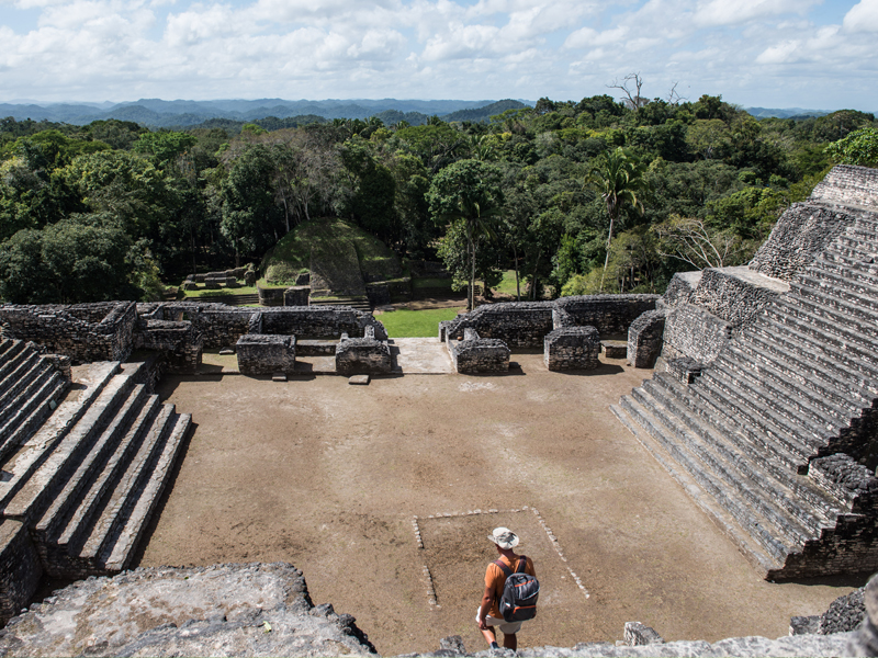 caracol-belize