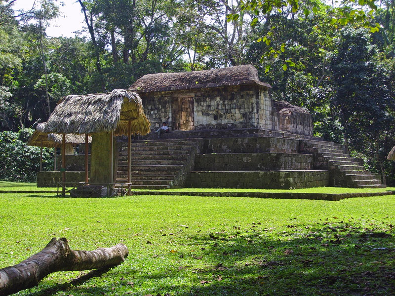 ceibal-archaeological-site-guatemala