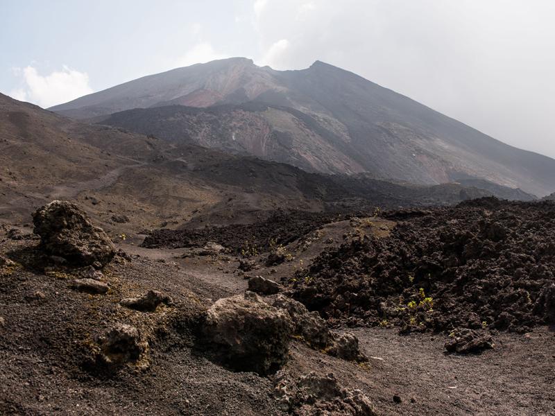 climb-pacaya-volcano