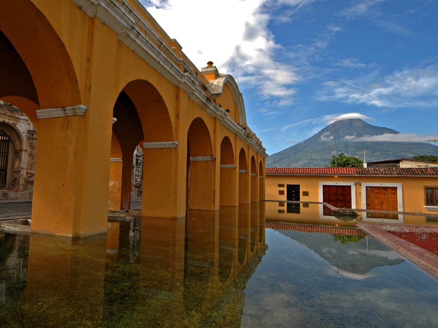 Admire Antigua's Spanish Colonial Charm