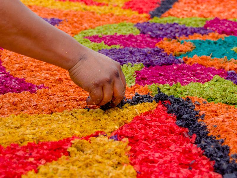 easter-sawdust-carpet-guatemala