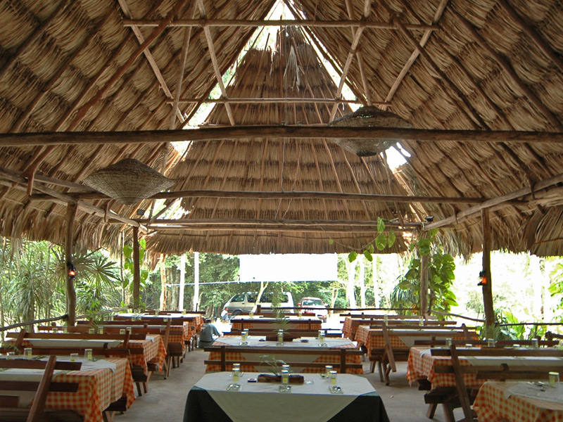 have-lunch-at-tikal-archaeological-site