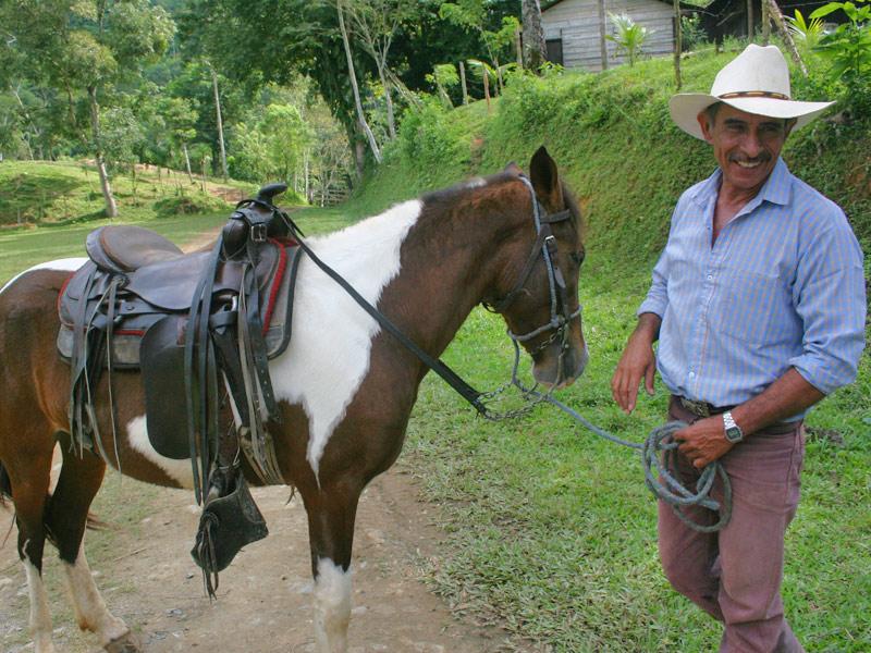 Visit Finca el Cisne with Viaventure Central America