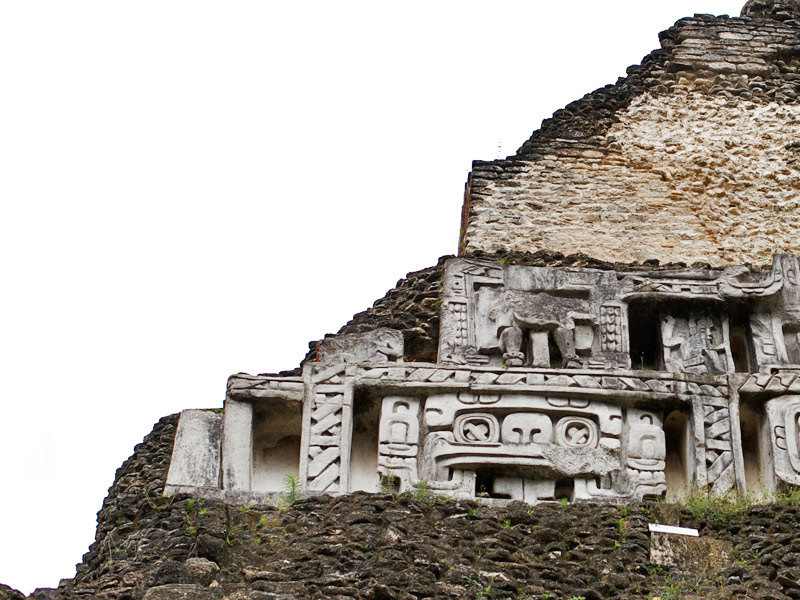 jungles-belize-xunantunich-archaeological-sites