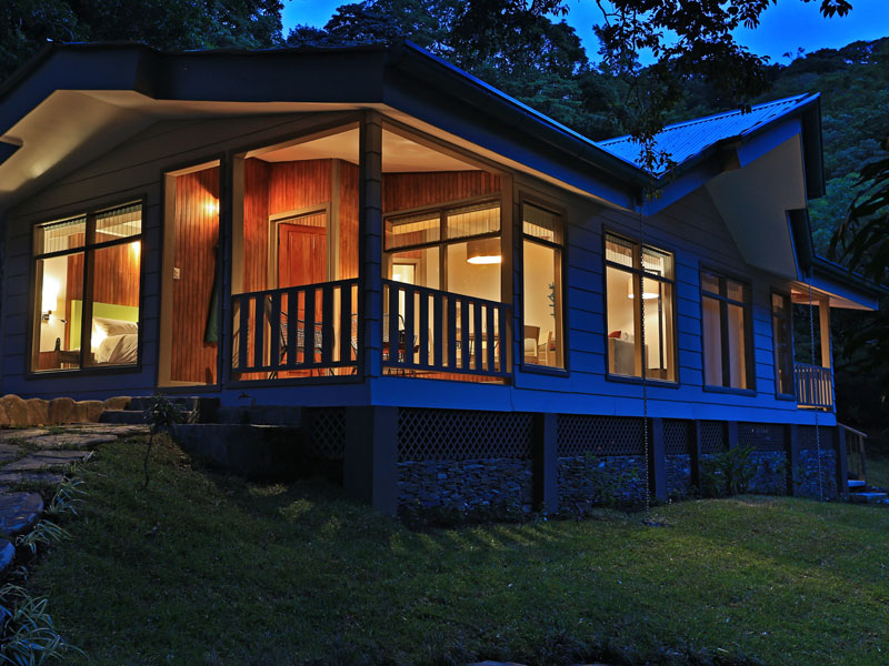 Give back in luxury Costa Rica