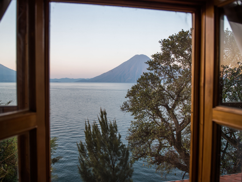 morning-lake-atitlan