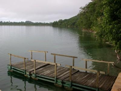 nitun-lodge-lake-peten-itza-near-tikal-lake-view-2-400x300