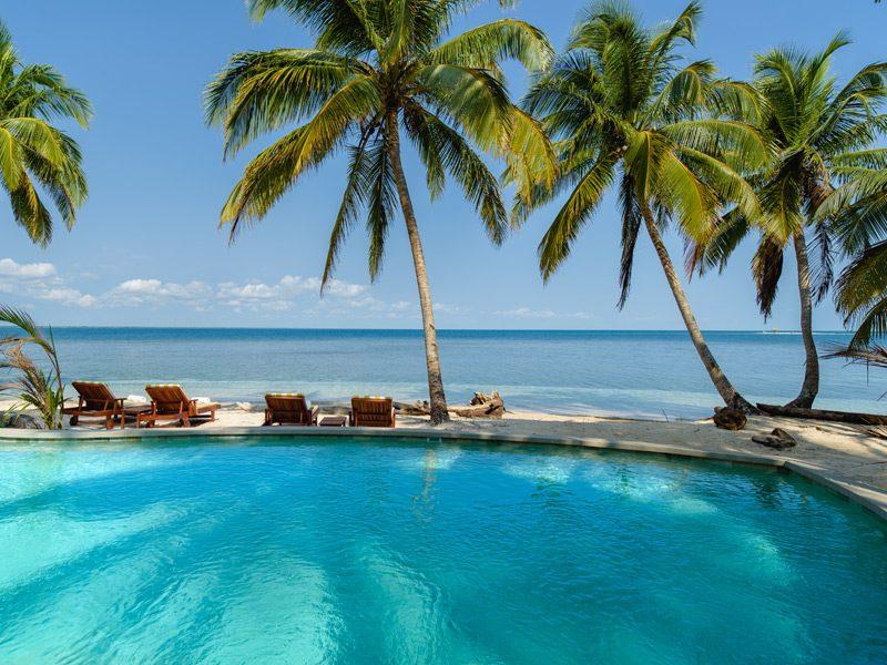 relax-calala-island-facilities