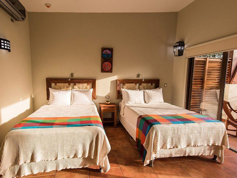 rooms-pacaya-lodge-nicaragua