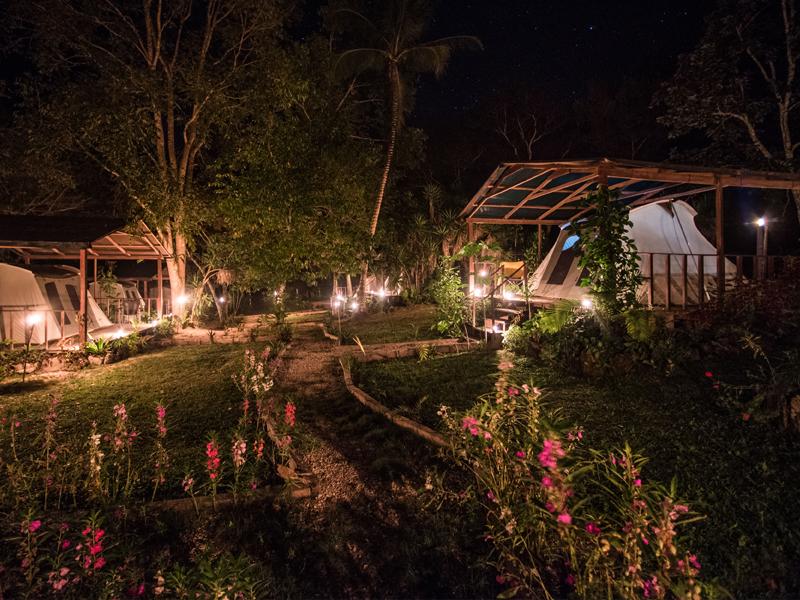 uaxactun-camping-site