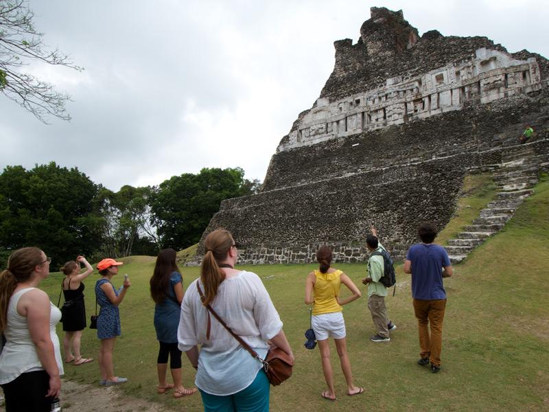 xunantunich-mayan-ruins-belize